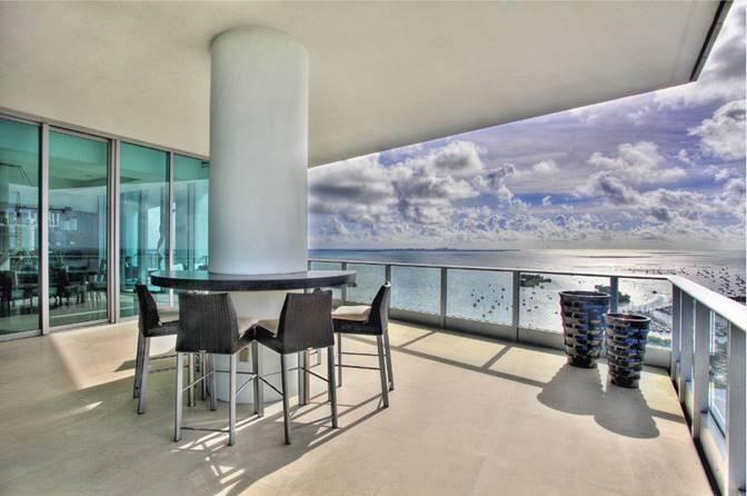 ugo-colombo-lavish-high-rises-bayshore-drive